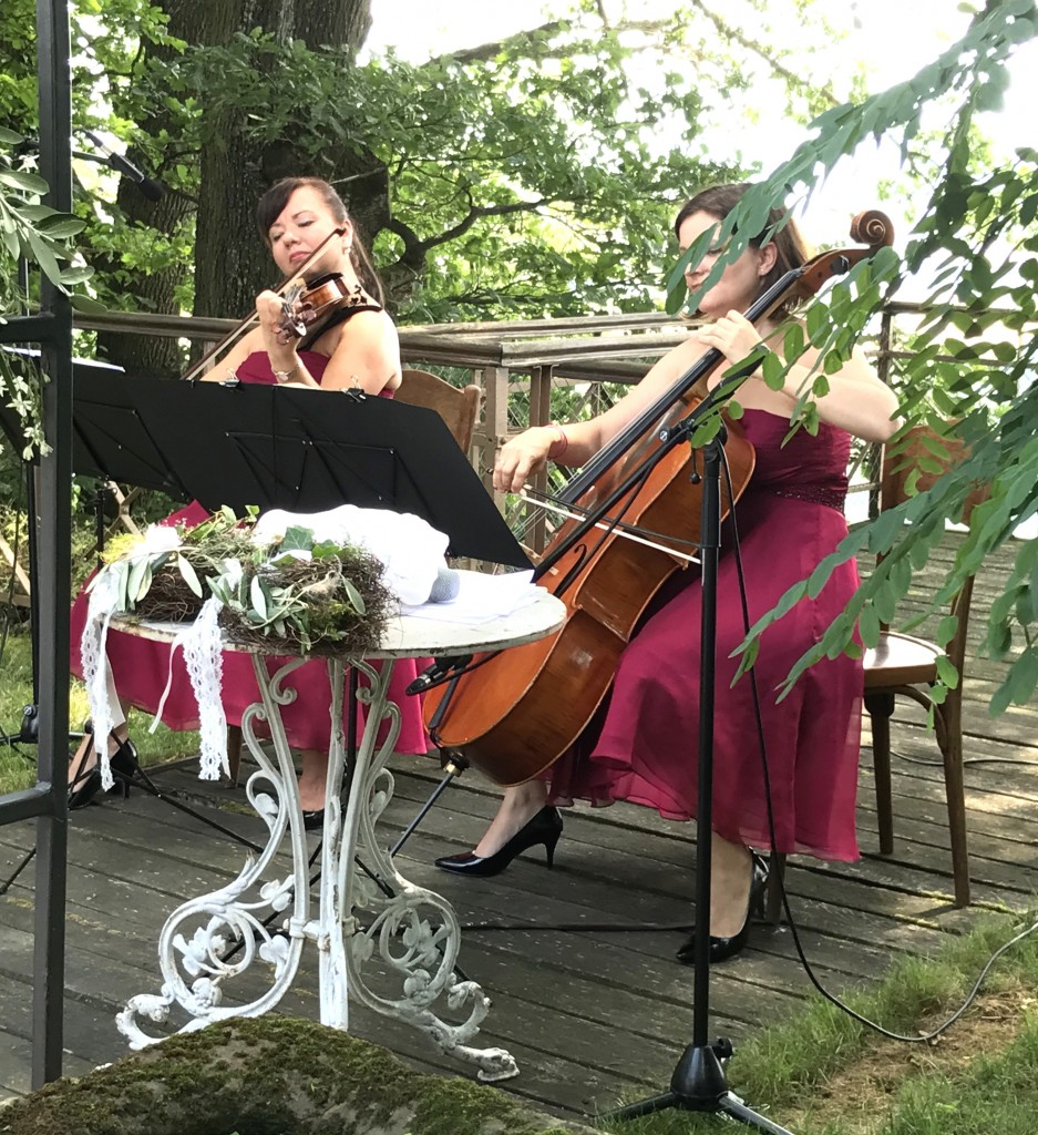 Duo Violoncello und Violine